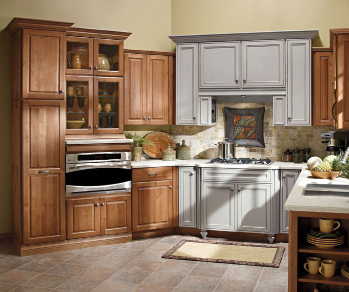 Alder Kitchen Cabinets Diamond Cabinetry