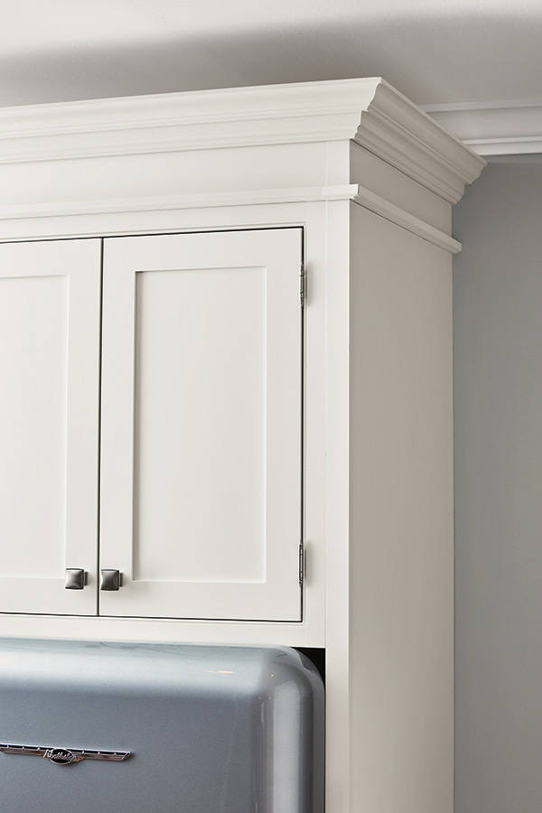 Shaker Crown Moulding  Diamond Cabinetry