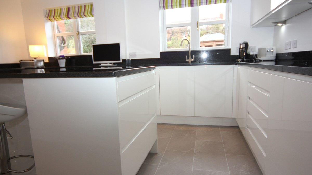 laminate kitchen cabinet doors moen faucets home depot white contemporary kitchen, bromsgrove - diamond kitchens ...