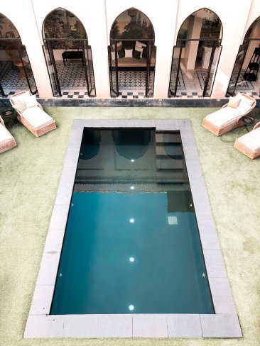 riad tarabel pool