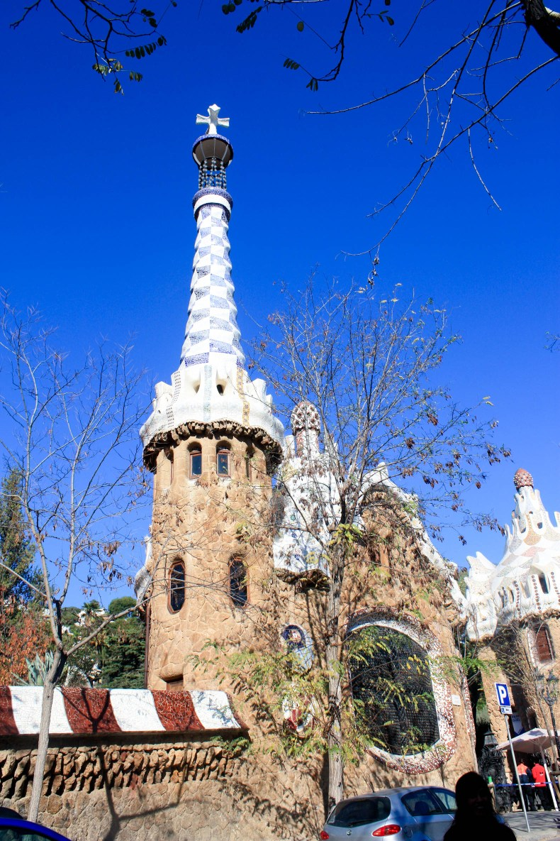 Catalan Architecture - A Guide to Gaudí's Buildings in ...