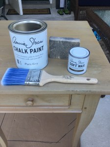 chalk-painting-furniture
