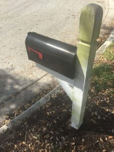 How-to-clean-mailbox-post
