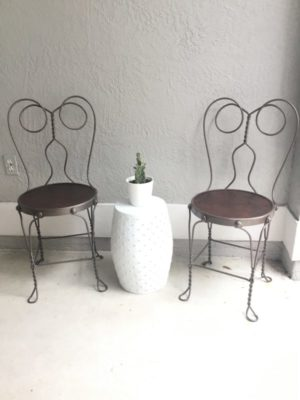 How To Paint Rusty Iron Patio Furniture