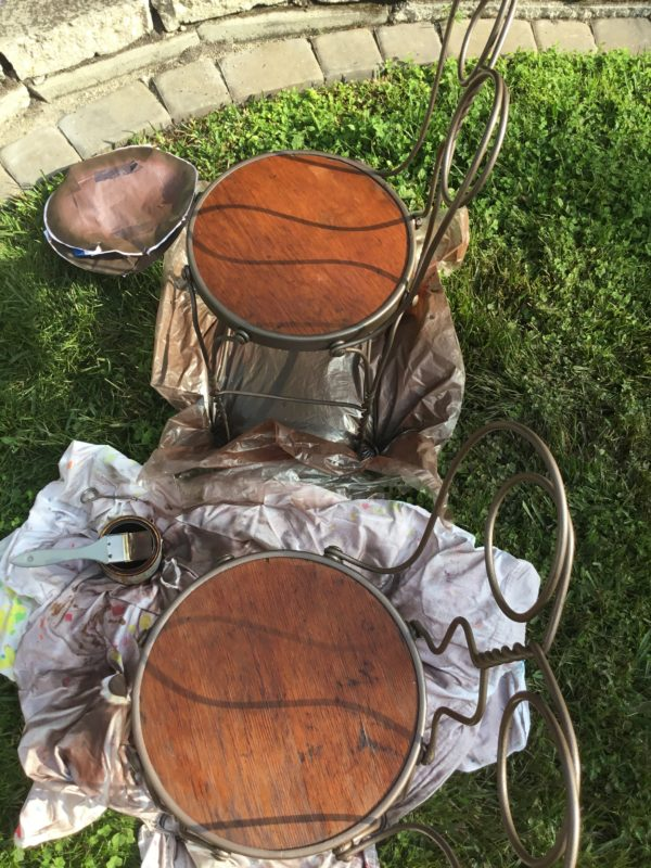 staining-chairs
