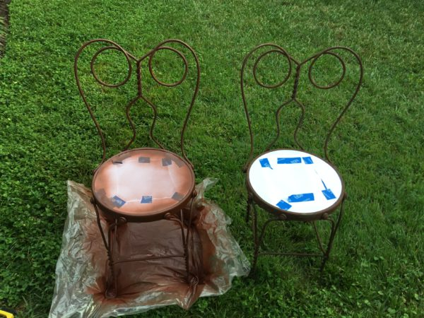 painting-iron-chairs