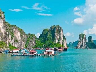 Cua Van Fishing Village - Paradise Cruises - Destinations