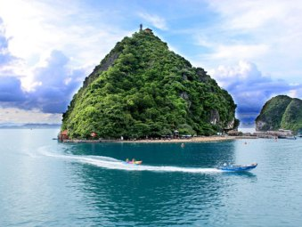 Titop Island - Paradise Cruises - Destinations
