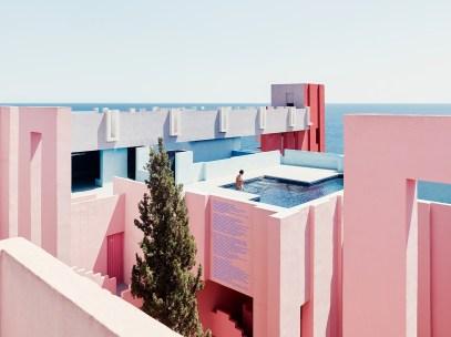 Ricardo-Bofill-Red-Wall-Through-The-Lens-of-Gregori-Civera2