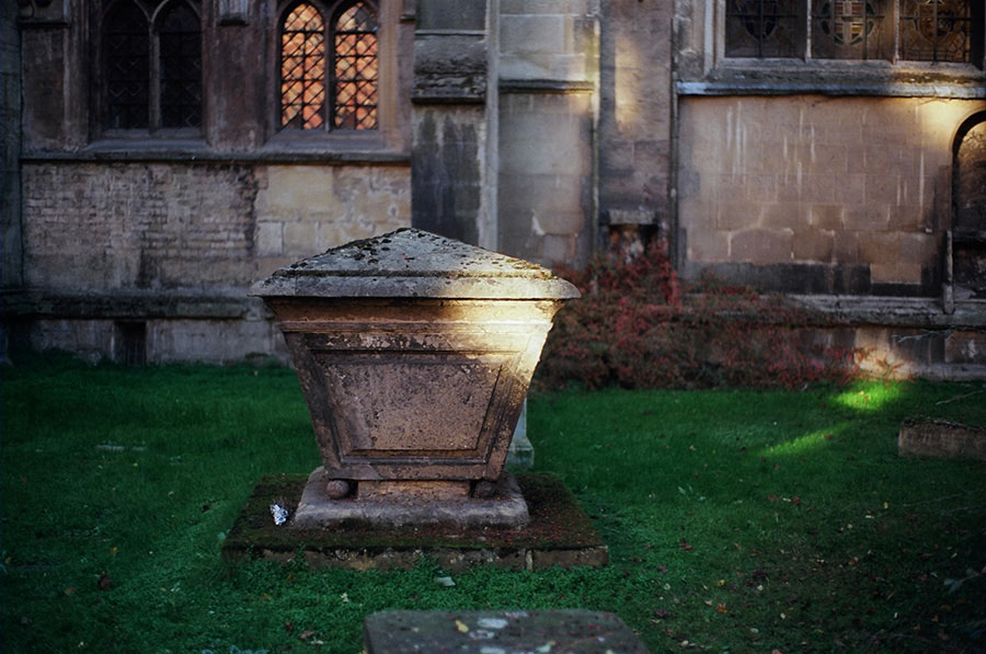 cemetery_portfolioCambridge-Churchyard