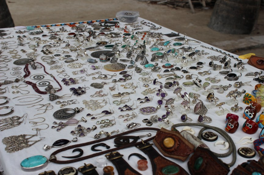 handcrafted jewelery caye caulker belize