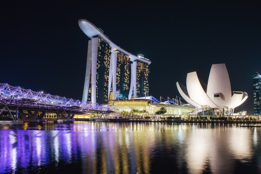 [img] city guide to Singapore