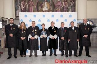 Foto de familia con la Junta de Gobierno del Colegio