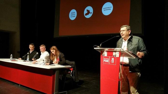 Moreno Ferrer, nuevo secretario general de los socialistas veleños