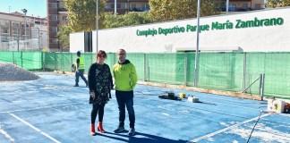 """La concejala de Deportes del Ayuntamiento veleño, María José Roberto, dice que se trata de una """"importante apuesta""""."""