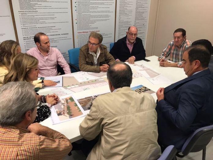 Los comerciantes de Vélez-Málaga se muestran a favor de la peatonalización del centro