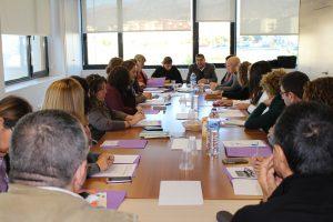 Vélez-Málaga reúne a la Comisión Local contra la violencia de género en su continua lucha para erradicar esta lacra social en el municipio