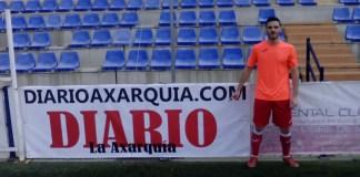 Javier Vitutia Jerez ha estado recientemente en el Vivar Téllez donde ha jugado contra el Vélez C.F dejando de su huella con un gol que ha permitido la victoria de su equipo por 2-3.