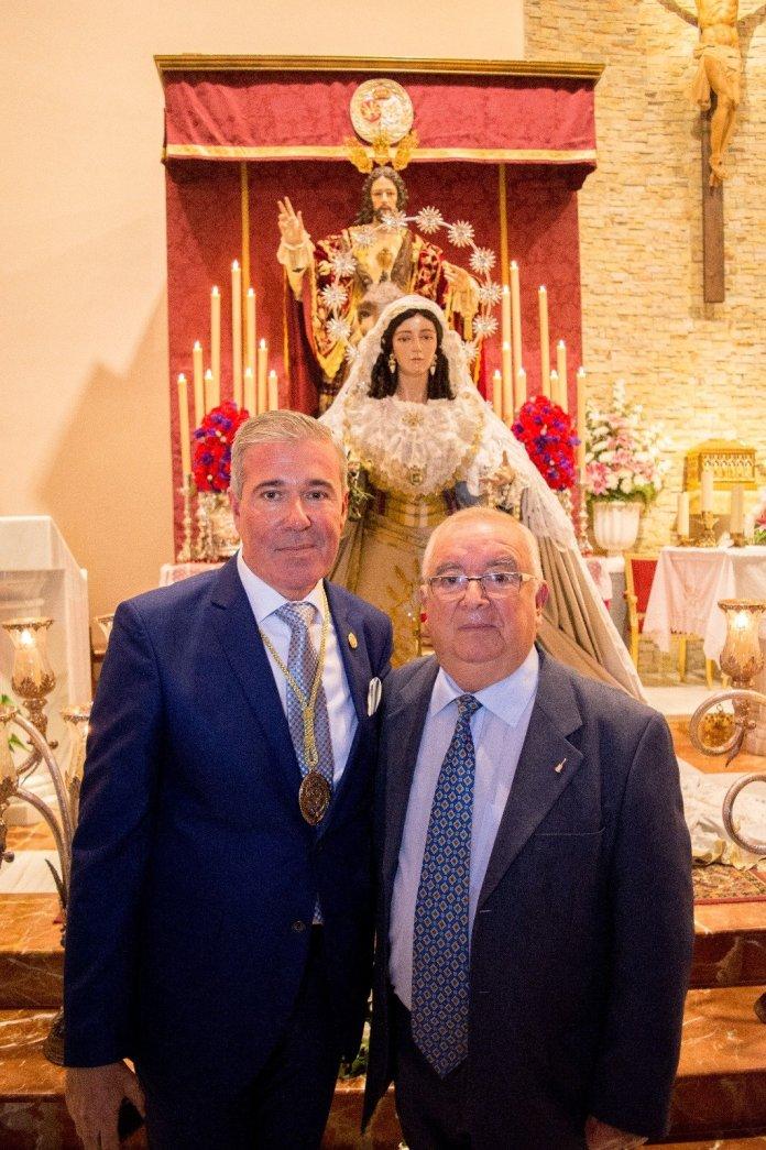 Salvador Fortes junto pregonero pollinica 2018 Salva Conde.