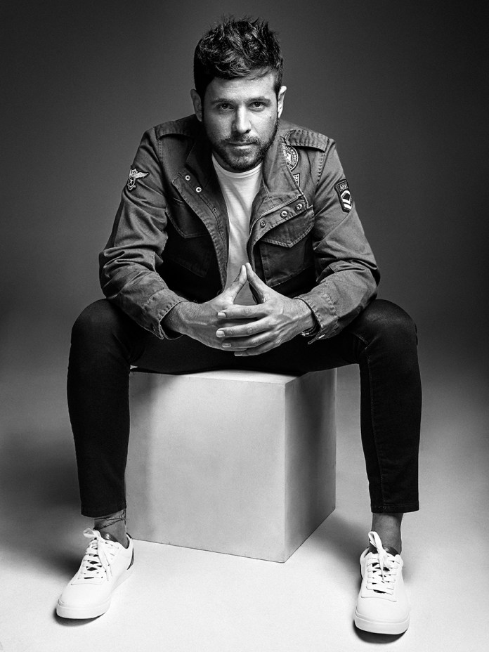 Pablo López presentará su nuevo disco 'Camino, fuego y libertad', un trabajo muy personal y sin duda el álbum más íntimo y emocional de su carrera.