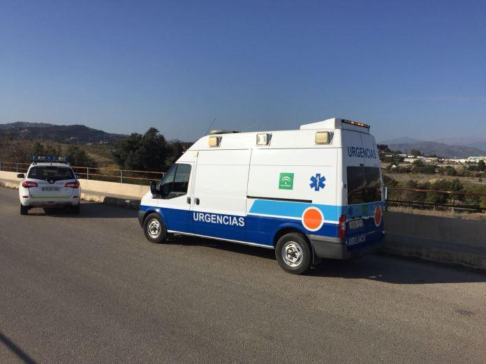 La Policía evita el suicidio de un hombre desde un puente en Vélez-Màlaga