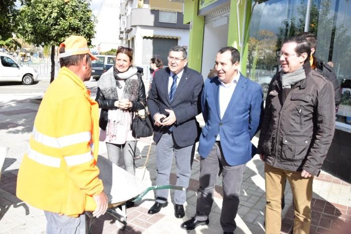 Ruiz Espejo destaca que la inversión de la Junta a través del PFEA para este año «vuelve a dar dignidad al campo malagueño»