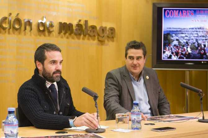 El diputado de Desarrollo Económico y Productivo, Jacobo Florido, junto al teniente de alcalde de Comares, Manuel Robles Ruiz,, en la presentación de la fiesta.
