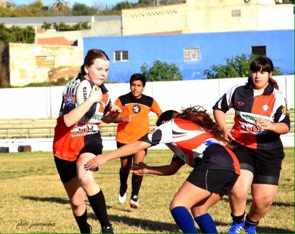 Se amplía la sección femenina del rugby axárquico