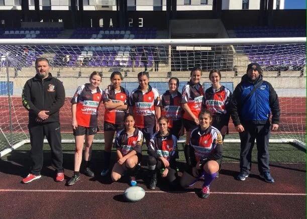 Las chicas del Rugby Axarquía, terceras en el torneo de Loja
