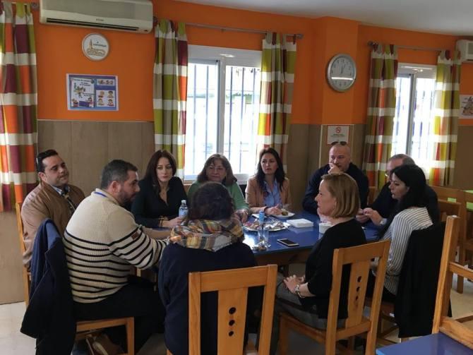 La parlamentaria Mariví Romero visita Asprovélez