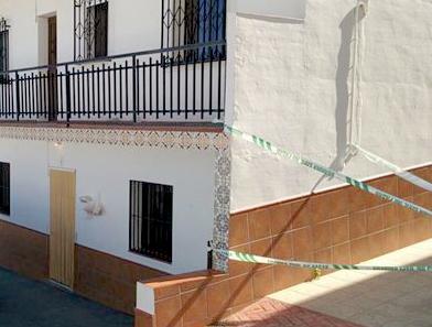 El alcalde de La Viñuela dice que «el pueblo está consternado y abatido» por el crimen machista