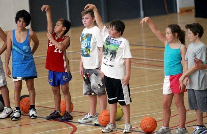 Nerja impartirá un curso de entrenador de iniciación de baloncesto