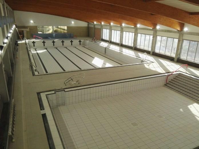 IU critica que la soberbia del equipo de gobierno supondrá un retraso en la apertura de la piscina Christian Jongeneel