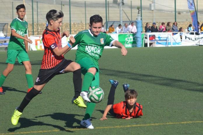 Se dejan meter un gol 'por deportividad' en el Torre del Mar – Algarrobo