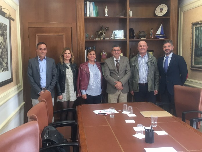 Moreno Ferrer cierra la venta de tres parcelas del Parque Tecnoalimentario con la empresa Alimentación La Caleta