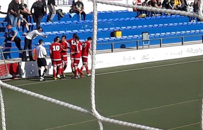 El derbi axárquico de Primera Andaluza acaba en empate (2-2)