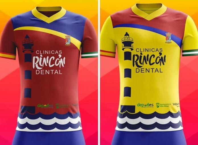 La Escuela de Fútbol de Torre del Mar presenta su nueva camiseta para la próxima temporada