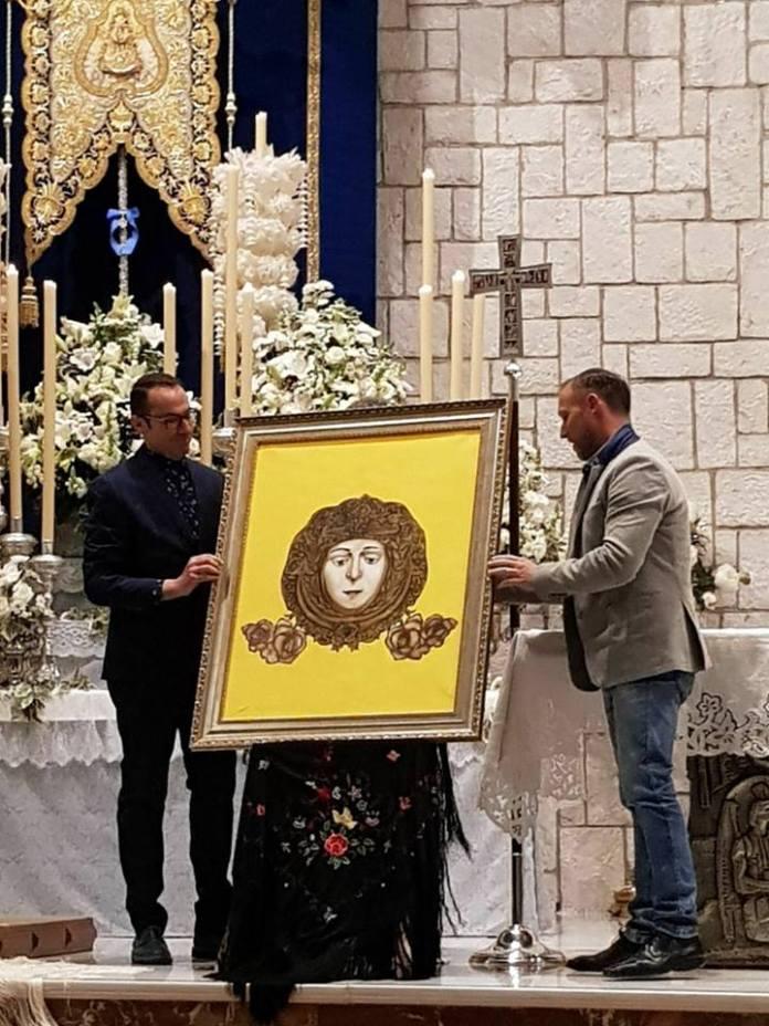 El cartel es obra de Salvador Lavado.