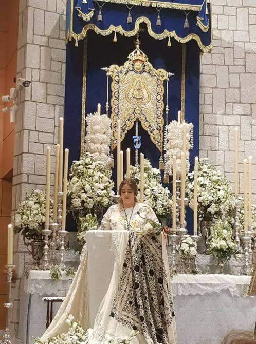 Paloma Moreno durante el Pregón en la iglesia de San Andrés.