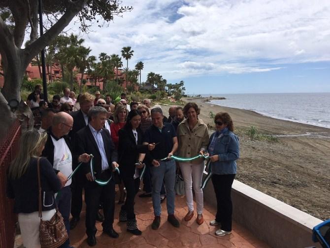 La Senda Litoral continúa se expansión en Estepona con la apertura de un nuevo tramo en Las Dunas