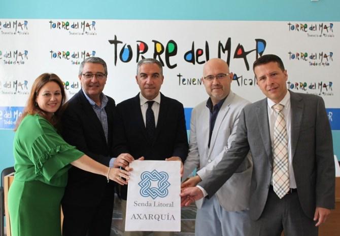 La Diputación y el Aula del Mar comienzan la campaña sobre información y seguimiento de medusas en las playas
