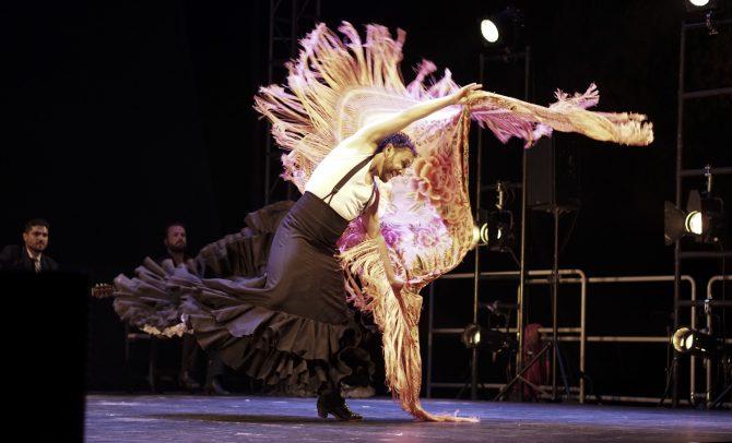 La compañía flamenca de Manuel Liñán conquista el 59 Festival Internacional de Música y Danza Cueva de Nerja