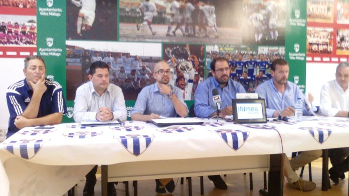 El nuevo presidente del Vélez C.F. no cuenta con Lucas Cazorla ni con Paco Villarubia