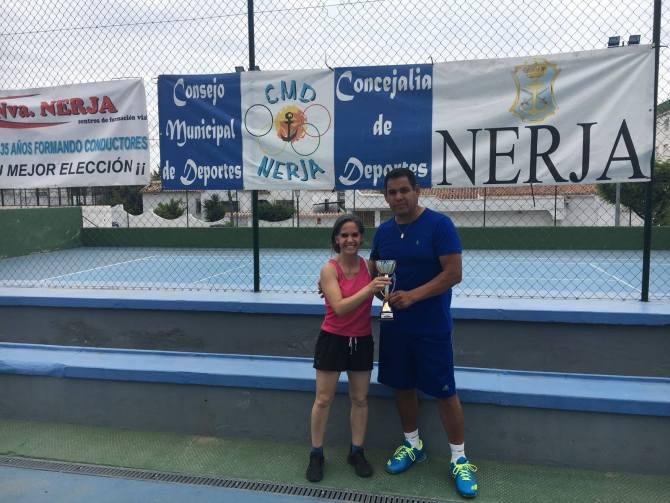 Celebrada la Final de la Liga de Tenis de Nerja