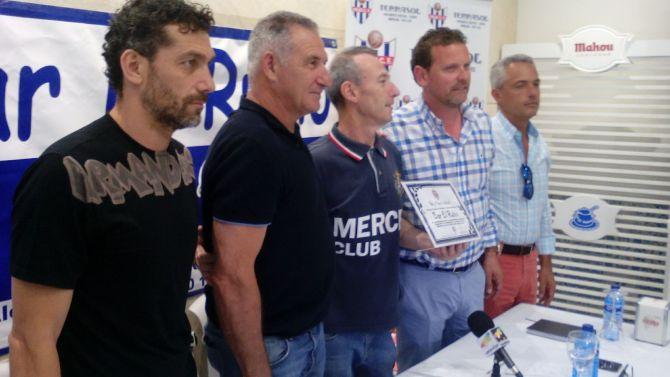 El Vélez C. F. presenta a su equipo técnicos: José Carlos Tello y Alfonso Vera
