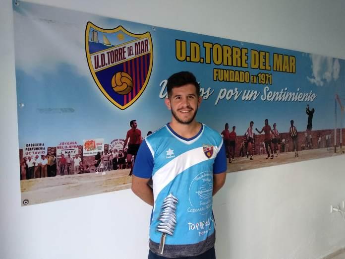 Álex «Pulga» ficha por la Unión Deportiva Torre del Ma