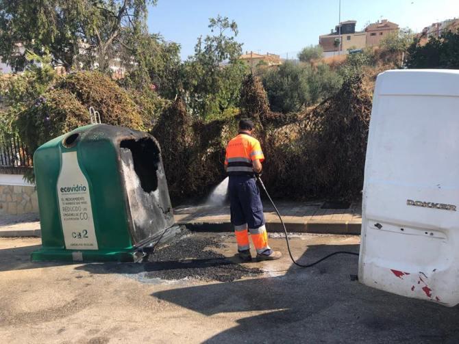 Quema de contenedor en la zona de El Romeral de Vélez-Málaga