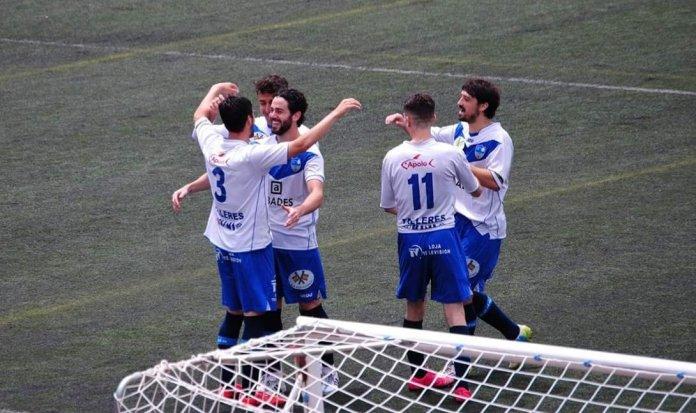 El Vélez C.F pierde ante el Loja (2-1)