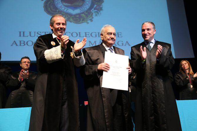 El Colegio de Abogados de Málaga homenajea a los letrados que cumplen 25 y 50 años de ejercicio profesional