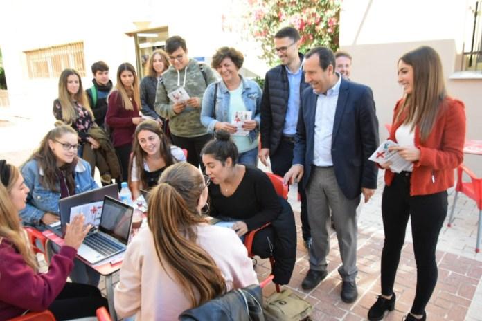 El PSOE asegura que con Susana Díaz ningún joven malagueño se queda sin estudiar en la Universidad por falta de recursos